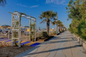 Accesso diretto dall'albergo alla spiaggia